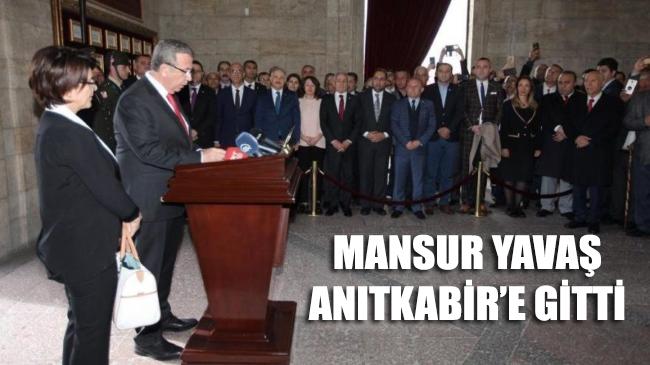Ankara Büyükşehir Belediye Başkanı Mansur Yavaş, Anıtkabir'e gitti