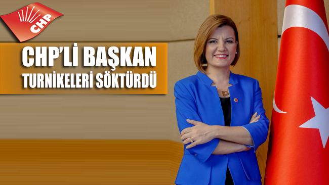 CHP'li başkan turnikeleri söktürdü