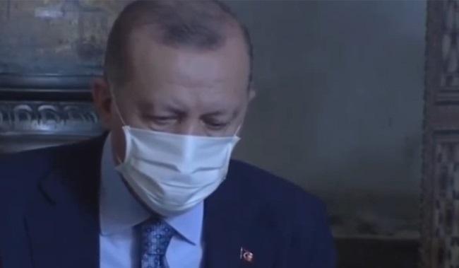 Erdoğan ve TBMM Başkanı Şentop'un da katıldığı Ayasofya töreninde bir kez daha Atatürk'e lanet okundu