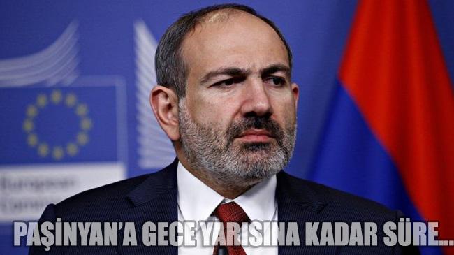 Ermenistan'da 'Dağlık Karabağ' krizi büyüyor: Paşinyan'a gece yarısına kadar süre…