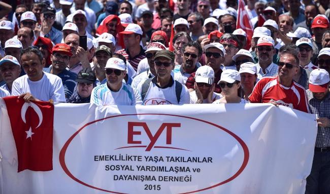 EYT'lilerin dernek başkanı: İskandinav ülkelerinde emekli olanlar dünyayı geziyor, biz Ankara'dan İstanbul'a zor gideriz