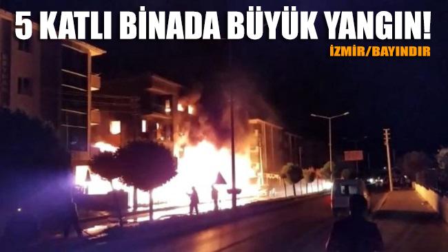İzmir Bayındır'da 5 katlı bir apartmanda çıkan yangına müdahale ediliyor