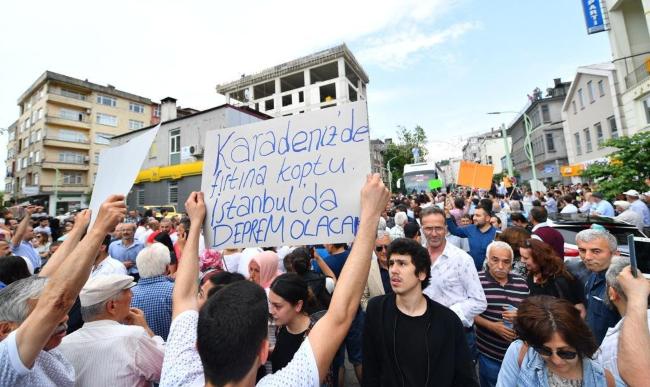 Karadeniz halkı İmamoğlu için yollara döküldü