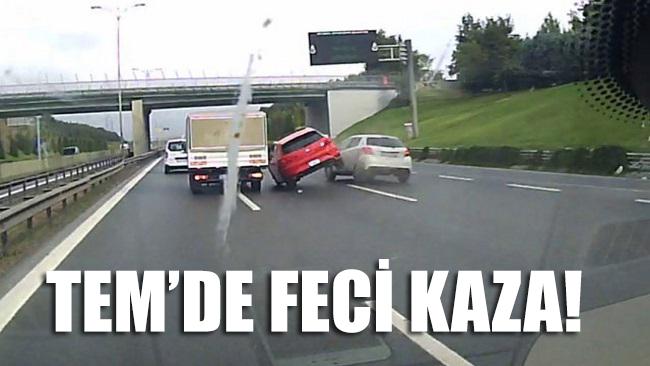 TEM'de feci kaza... Önce otomobil sonra bariyere çarptı; İŞTE O ANLAR