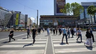 Ankara'da 65 yaş ve üstünün sokağa çıkmasıyla ilgili yeni karar