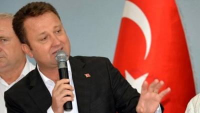CHP'nin ihraç istemiyle disiplin kuruluna sevk edilen Menemen Belediye Başkanı ile birlikte 11 kişi tutuklandı