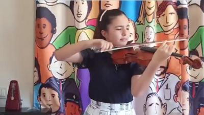 Elif Su'dan, uluslararası müzik yarışmasında büyük başarı!