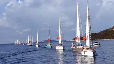 Meis Adası önünde Cumhuriyet coşkusu